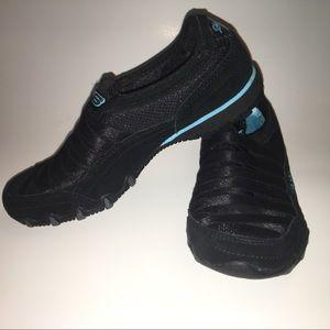 NEW Skechers Women's Athletic Walking Shoes